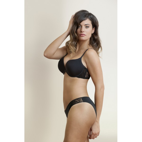 https://www.christinemlingerie.com/8257-thickbox/judith-noir-soutien-gorge-double-push-up.jpg